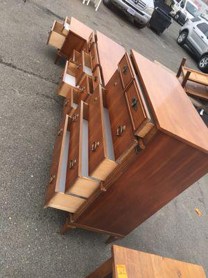 Antique set room dresser for Sale in NEW CARROLLTN, MD