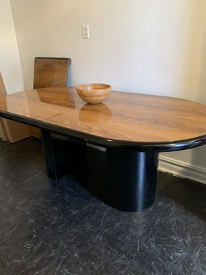 Wood grain dinning table w/ extended piece for Sale in Brooklyn, NY