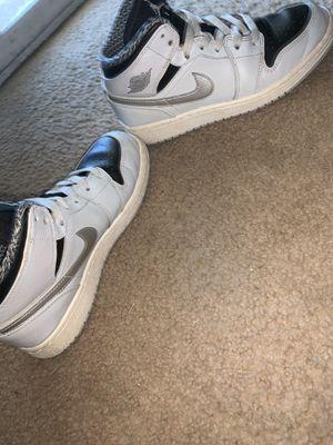 Air Jordan 1 mid for Sale in Imperial, CA