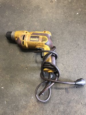🇺🇸 DEWALT 8 Amp Corded 3/8 in. Pistol Grip Drill for Sale in Los Angeles, CA