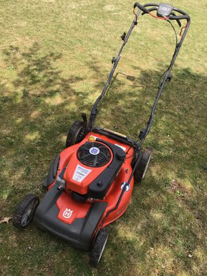 Husqvarna Self Propelled Lawn Mower for Sale in Blue Bell, PA