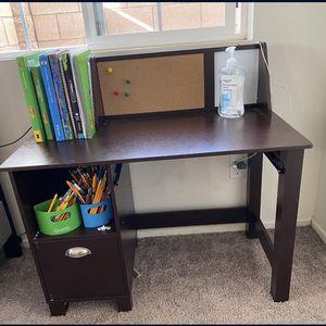 Kids Desk for Sale in Ontario, CA