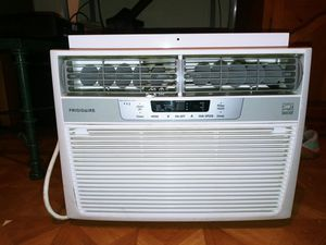 Frigidaire AC unit in good condition for Sale in Homestead, FL