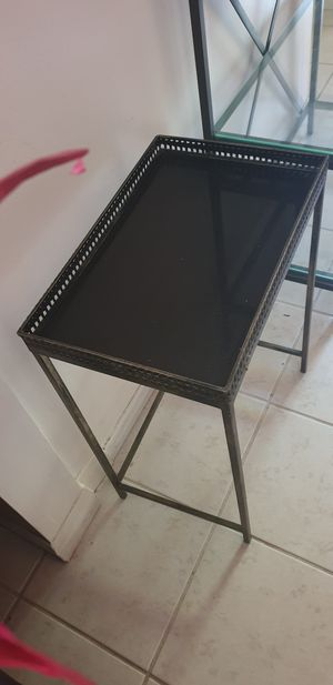 Corner table for Sale in Los Angeles, CA