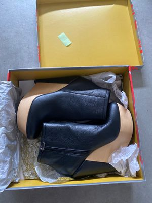 Kelsi Dagger Acalia black leather ankle boots 7.5 for Sale in Rancho Cucamonga, CA