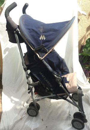 MacLaren Stroller for toddlers these retail for over $150 with cup and phone holder for Sale in Los Angeles, CA