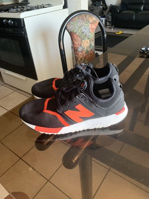 New balance size 8 1 / 2 men for Sale in Lynwood, CA