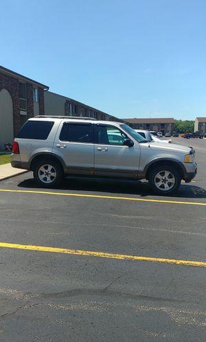 03 Ford Explorer XLT for Sale in Muskegon, MI