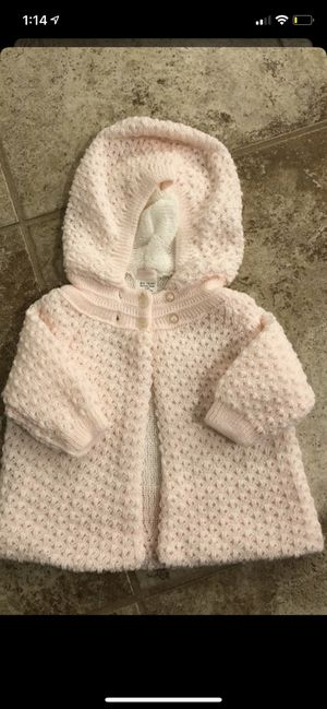 Girl size 18 months smoke and pet free for Sale in Taunton, MA