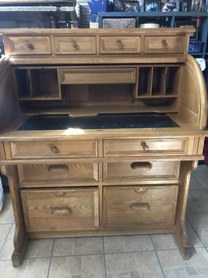 Roll Top Desk for Sale in Los Angeles, CA