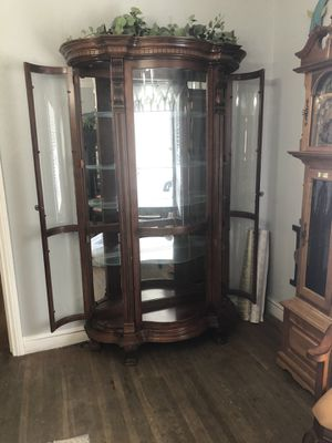 Curio Display Cabinet With Light for Sale in Patterson, CA