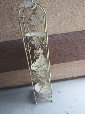 Candle holder tower for Sale in North Las Vegas, NV