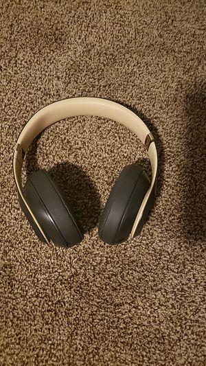Beats studio wireless for Sale in Lemon Grove, CA