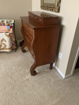ANTIQUE DRESSER for Sale in Manassas, VA