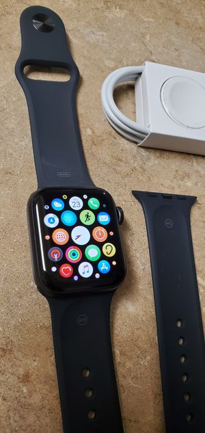 Brand New Apple Watch series 5 40mm GPS for Sale in Union City, CA