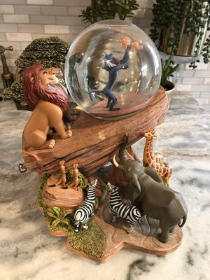 Disney lion king vintage snow globe for Sale in Naugatuck, CT