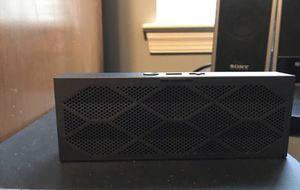 Jawbone bluetooth speaker for Sale in Pasadena, MD