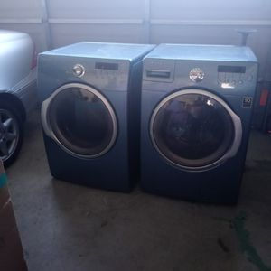 Front Load Washer And Dryer for Sale in Lake Elsinore, CA