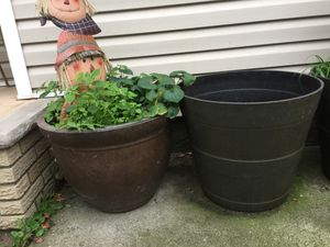 Plant pots for Sale in Staten Island, NY