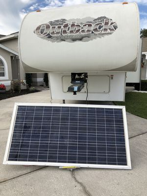 2006 Keystone Outback 5th wheel 30 ft Solar Equipped SuperSlide for Sale in Spring Hill, FL