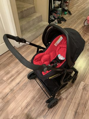 Urbini car seat, stroller, and bassinet for Sale in Exeter, CA