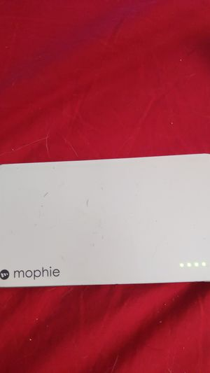 Potable battery charger for every phone brand name mophie for Sale in The Bronx, NY