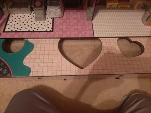 NEED GONE ASAP!! Lol doll house, plus accessories for Sale in Austin, TX