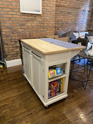 Real Simple Rolling Kitchen Island - Bed Bath and Beyond for Sale in New York, NY