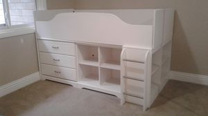 White Bed Frame (Really nice) for Sale in Escondido, CA