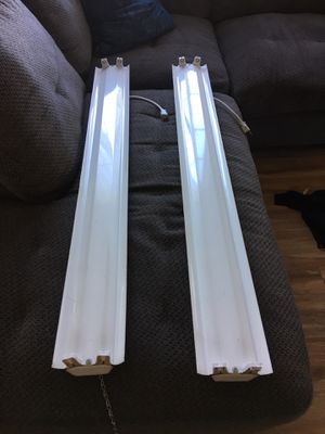 Pair of fluorescent light fixtures for Sale in San Diego, CA