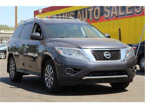2013 Nissan Pathfinder for Sale in Fresno, CA