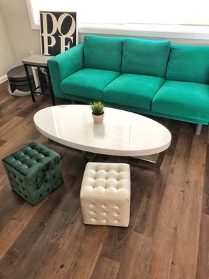 Modern White Oval Coffee Table for Sale in Los Angeles, CA
