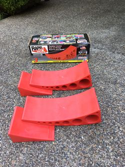 Andersen self leveling chocks and rapid jack for Sale in Tigard,  OR
