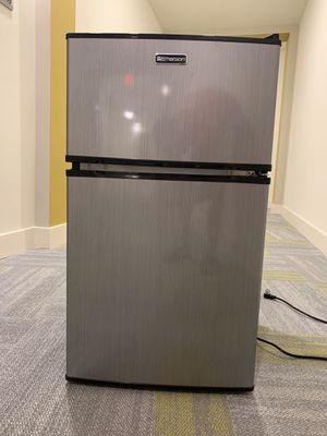 BRAND NEW MINI FRIDGE for Sale in Jessup, MD