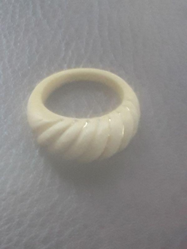 Carved Ivory 14K Gold Dome Shrimp Ring