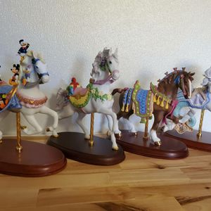Rare Lenox Carousel Horses 🎠. Lot of 4. Disney,Clydesdale,Ocean Fantasy,and Tropical. for Sale in Grandview, WA