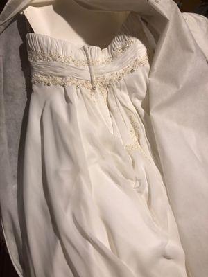 Wedding dress size 18 for Sale in Belleville, NJ
