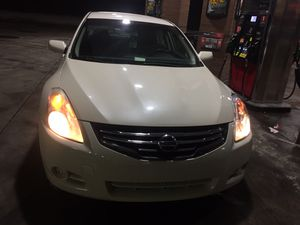Nissan Altima 2010 for Sale in Wichita, KS
