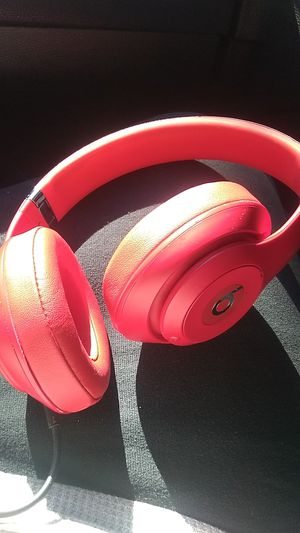 Cheap!cheap! Red wireless beats MUST GO for Sale in Dallas, TX
