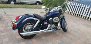 Honda shadow 2002 for Sale in Los Angeles, CA