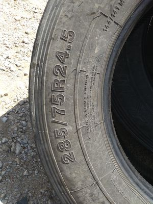 285/75R24.5 truck tires for Sale in Fort Worth, TX
