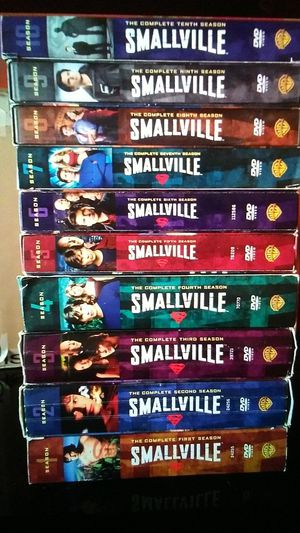 SMALLVILLE SERIES for Sale in Highland, CA