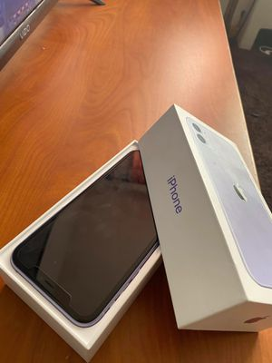 iPhone 11 for Sale in Milwaukee, WI