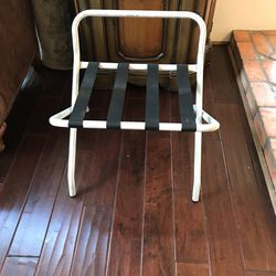 Luggage Rack - Metal for Sale in Phoenix,  AZ