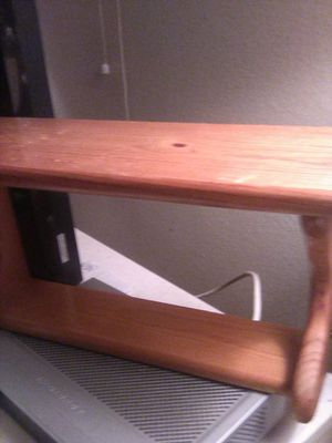 Small shelf for Sale in Clarksburg, CA