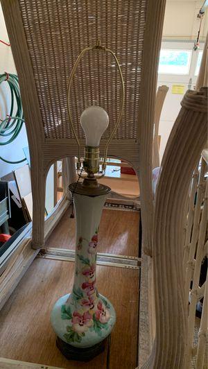 Antique Vase Lamp WORKS! for Sale in Davidsonville, MD