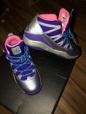 JORDANS YOUTH GIRLS for Sale in San Diego, CA