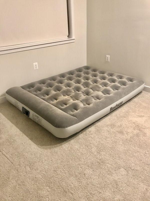 Air mattress Queen