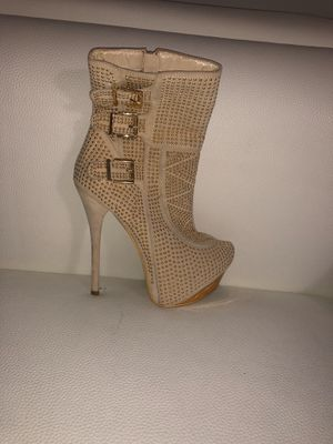 Golden high heels for Sale in Miami Springs, FL