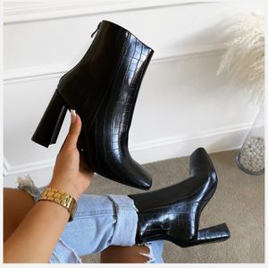 BLACK CROC PRINT SQUARE TOE BLOCK HEEL ANKLE BOOTS for Sale in Dearborn, MI